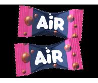 Цукерки шоколадні Millennium Air молочні з полуничною начинкою 1кг